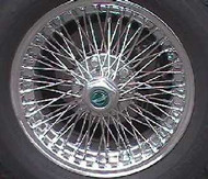 Wire Wheel, Bolt-on w/hub & Medallion 15""