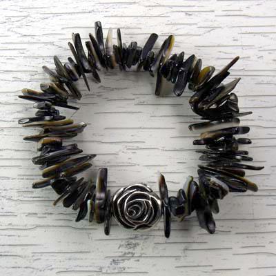 Black Lip Shell Stretch Bracelet