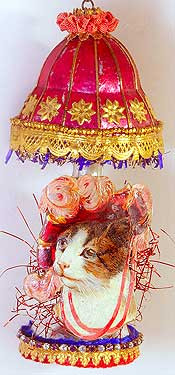 Lady Cat in Wonderful Figural Glass Lamp