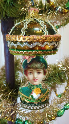 Victorian Lady in Emerald Green Glass Lamp