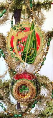 Stunning Winged Irish Harp on Ornate 3-Sided Glass Ornament with Shamrocks