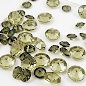 Diamond Confetti in Olivine (1000 Pieces)