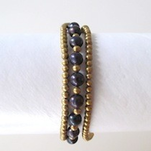 Black Pearl and Gold Bracelet