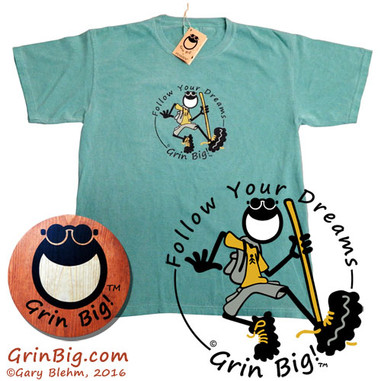 Men's green casual and comfortable soft cotton Hiking T-Shirt from the official Grin Big!™ Apparel store to follow your dreams on the path to optimism and positive vibes.