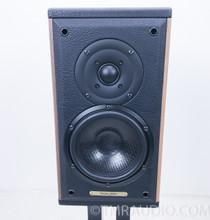 Sonus Faber Liuto Monitors / Speakers w/Stands; Walnut Pair
