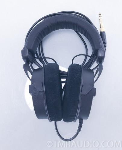 Beyerdynamic DT 990 Pro Headphones; Black