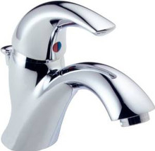 Delta 583LF-WF Classic Single Handle Centerset Lavatory Faucet - Chrome