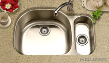 "Houzer Medallion MG-3209SR-1 32"" X 21"" Undermount 80/20 Double Bowl Kitchen Sink & Strainer - Stainless Steel"