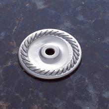 "JVJ 86946 Satin Nickel 1 1/2"" Diameter English Rope Back Plate"