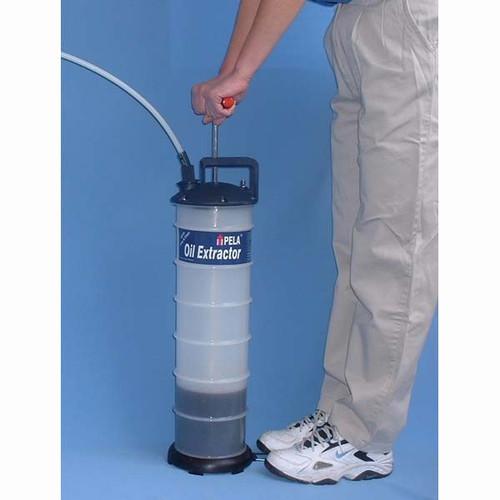 Pela 650 Oil Change Pump, 6.8 qt Capacity