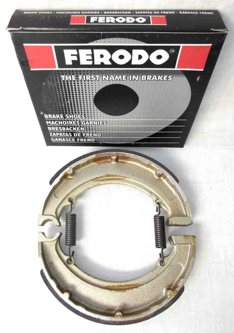 FERODO BRAKE SHOES FOR BSA MODELS WITH QUICK CHANGE REAR HUBS