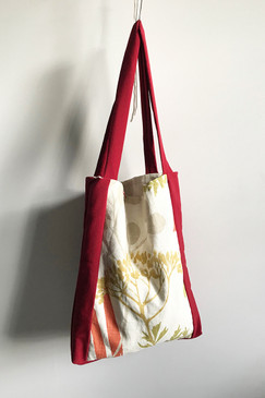 Milly S. Tote (red leaf)