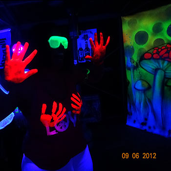 UV face and Body Paint on Guest at Fluro Party