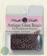 Mill Hill Antique Glass Beads 2.63g Wildberry