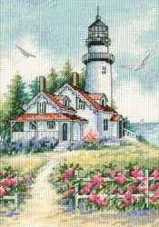 Gold Collection Petites - Scenic Lighthouse