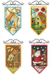 Set of 4 Debbie Mumm Seasonal Mini Banners