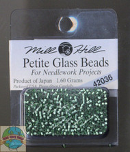 Mill Hill Petite Glass Beads 1.60g Bay Leaf