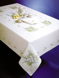 Design Works - Forget Me Not 58in x 90in Tablecloth