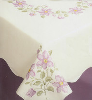Design Works - Filigree 58in x 90in Tablecloth