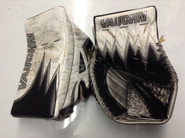 Vaughn Velocity 6 Vision 5500 Goalie Glove and Blocker HAWKEY Pro stock Providence  NCAA Used ICE BERG