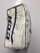 CCM Extreme Flex 2 Pro Goalie Blocker GUDLEVSKIS Syracuse Crunch Pro stock AHL (2)