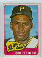 1965 OPC Baseball 160 Roberto Clemente Pittsburgh Pirates Very Good