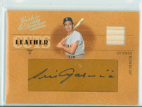 Luis Aparicio AUTOGRAPH 2005 Donruss Insert Leather Cuts 8/128 Red Sox CERTIFIED 