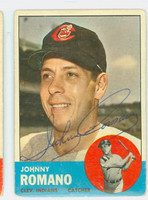 Johnny Romano AUTOGRAPH 1963 Topps #72 Indians CARD IS G/VG  [SKU:RomaJ1869_T63BBHC]