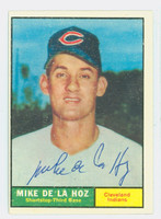 Mike De La Hoz AUTOGRAPH 1961 Topps #191 Indians CARD IS VG/EX; AUTO CLEAN