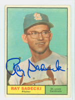 Ray Sadecki AUTOGRAPH d.14 1961 Topps #32 Cardinals CARD IS G/VG; CHIPPED CRN/EDGES
