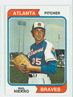 1974 Topps Baseball 29 Phil Niekro Atlanta Braves Near-Mint Plus