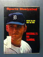 1970 Sports Illustrated Feb 23 Denny McLain and the Mob Very Good to Excellent [Corner bend - contents fine]