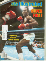 1981 Sports Illustrated September 28 Sugar Ray Batters Thomas Hearns (Tears at staples) Very Good