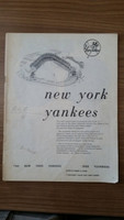1960 Yankees Yearbook (AL Pennant Winning Team) MISSING Front/Back Cover Fair to Good
