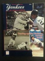 1987 Yankees Yearbook - Gehrig, Mantle, Mattingly, Henderson cover Near-Mint