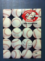 1968 Reds Yearbook (70 pg) Near-Mint