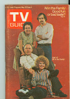 1971 TV Guide May 29 Cast of All in The Family (First Cover) NY Metro edition Very Good - No Mailing Label  [Sl wear and scuffing on cover; contents fine]