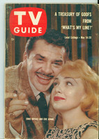 1960 TV Guide May 14 Ernie Kovacs and Edie Adams Chicago edition Very Good to Excellent - No Mailing Label  [Lt wear on cover, several spot stains, contents fine]