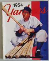 1954 Yankees Yearbook Jay (50 pgs) Very Good to Excellent Lt wear along binding, sl toning on pgs, ow very clean