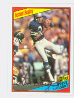Steve Largent AUTOGRAPH 1984 Topps Football #197 In Action Seahawks HOF '95 CARD IS CLEAN EXMT  [SKU:LargS52307_T84IA]