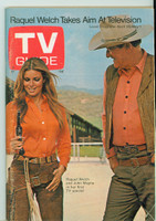 1970 TV Guide Apr 25 Raquel Welch and John Wayne St. Louis edition Excellent to Mint - No Mailing Label  [Lt toning along binding, ow clean]