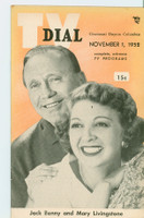 1952 TV Dial Nov 1 Jack Benny and Mary Livingstone (32 pages) Cincinnati-Dayton edition Excellent  [Very lt wear, ow clean]