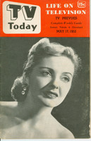 1952 TV TODAY May 17 Ann Buckles of Studio One (32 pg) Detroit edition Very Good to Excellent - No Mailing Label  [Wear on both covers; contents fine]