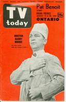 1953 TV TODAY August 14 Garry Moore (40 pg) Detroit edition Very Good to Excellent - No Mailing Label  [Lt wear on color, sl discoloration; contents fine]