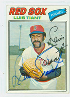 Luis Tiant AUTOGRAPH 1977 Topps #258 Red Sox 