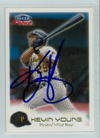 Kevin Young AUTOGRAPH 2000 Fleer Focus Pirates 