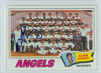 Norm Sherry AUTOGRAPH 1977 Topps #34 Angels Team Card 