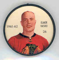 1961-62 Shiriff Hockey Coins 26 Elmer Vasko Chicago Black Hawks Near-Mint