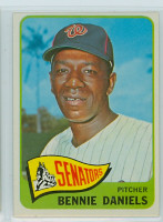 1965 Topps Baseball 129 Bennie Daniels Washington Senators Excellent to Mint