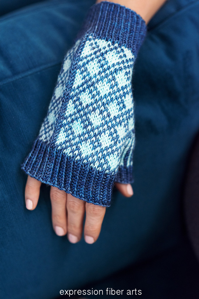 Mackin Mitts Knitted Pattern